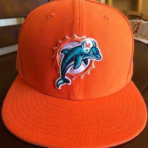 Never Worn Miami Dolphins 7 1/4 sz Flat Bill Hat